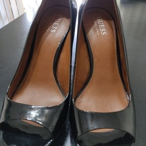 Guess heels size-8